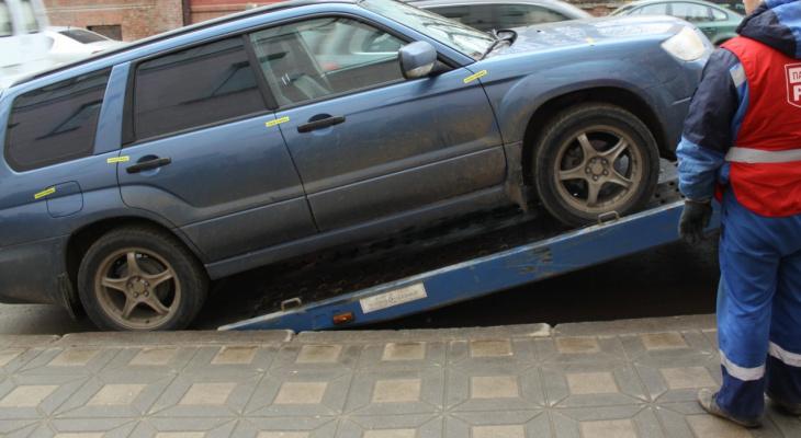 Приставы арестовывают автомобили жителей Чувашии за налоги и долги