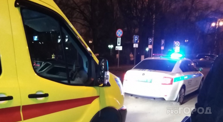 В Чебоксарах неизвестный на автомобиле сбил двух девочек и уехал с места ДТП