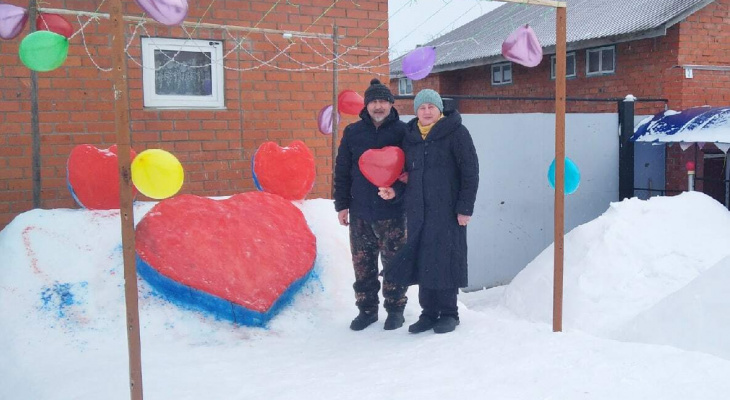 В деревне Клычево построили романтическую фотозону для влюбленных