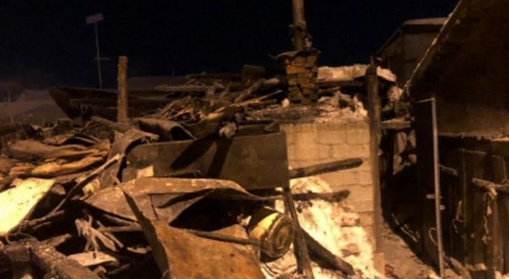 Следователи проверили пожар с погибшей парой в Чебоксарах на предмет криминала