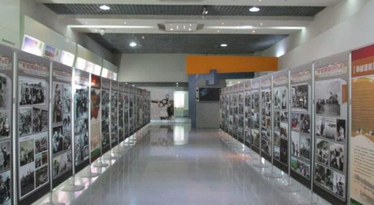 Во флагманском офисе Открытие Private Banking выставлена одна из самых известных фотографий в мире «Афганская девочка»