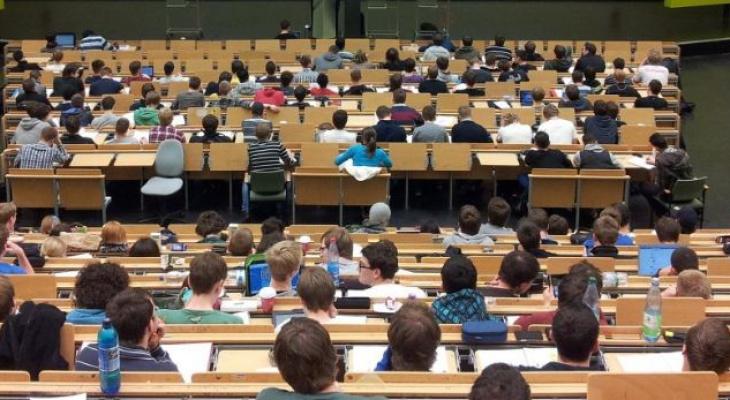 Сбербанк рассказал студентам Чувашии об инвестициях и финансовой грамотности