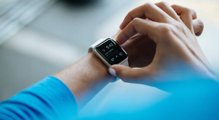 """Жительницы Чувашии получат на 8 Марта умные часы от """"МегаФона"""""""