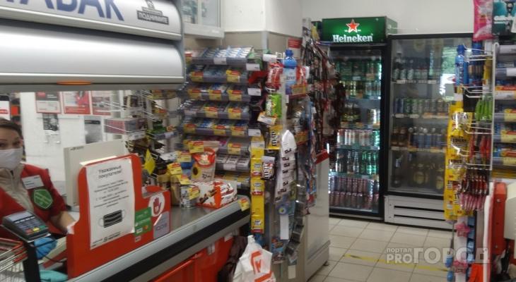 Во всех магазинах установили минимальную цену на сигареты