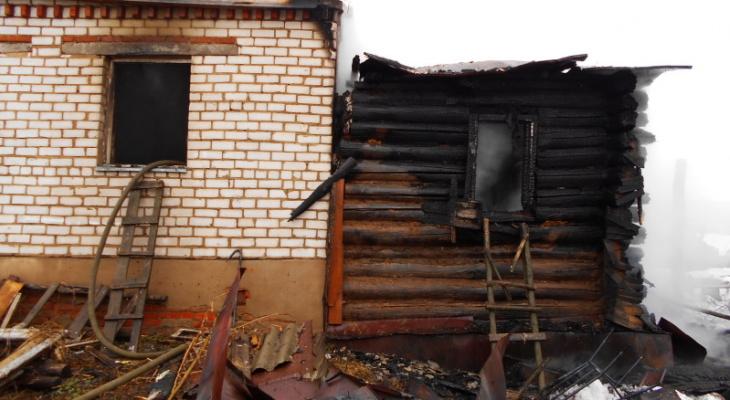 Пожары случились в двух городах и одной чувашской деревне, есть погибший