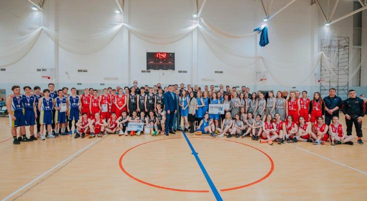 Команды из Алатыря и Чебоксар стали победителями финала регионального этапа чемпионата ШБЛ «КЭС-БАСКЕТ» в Чувашии