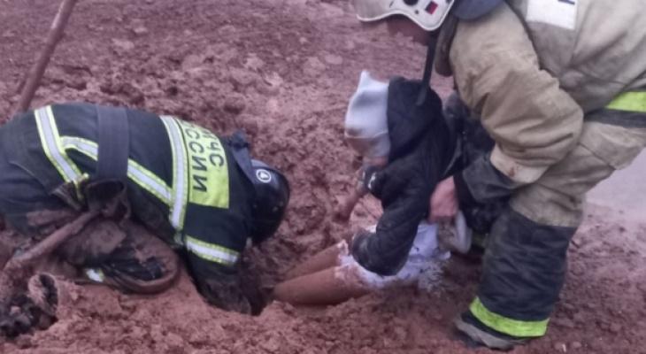 Ребенок играл и провалился в строительный котлован в Чебоксарах