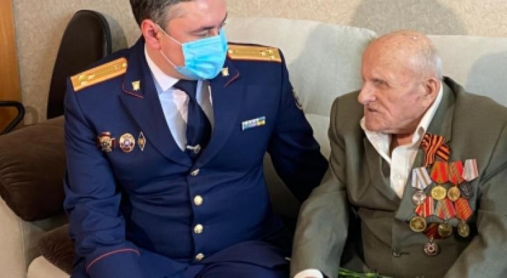 """Ветеран из Новочебоксарска: """"Жили в конюшнях под обстрелами, солдаты умирали от тифа"""""""