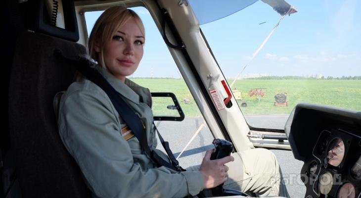 """Девушка-пилот летает на вертолете санавиации и спасает тяжелых больных: """"В Чувашии есть одна особенность"""""""