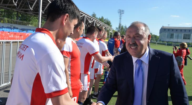 В Чувашию приезжал советский футболист, заслуженный тренер России Валерий Газзаев