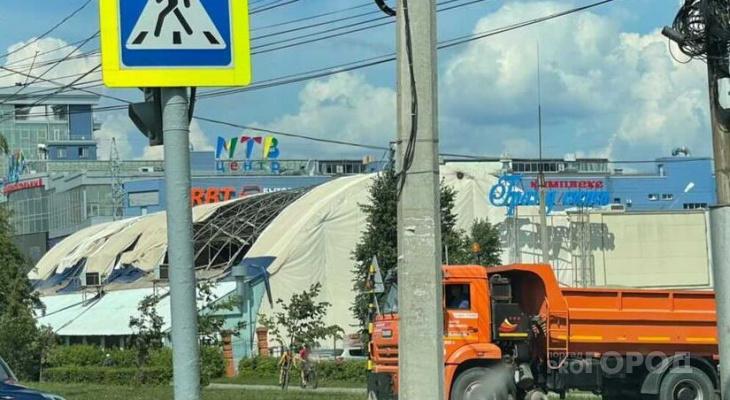 "В Чебоксарах торговый центр ""Гранд сити"" остался без крыши"