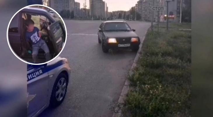 В Новочебоксарске подростки устроили гонки с полицией: водителя поймали, а друзья сбежали