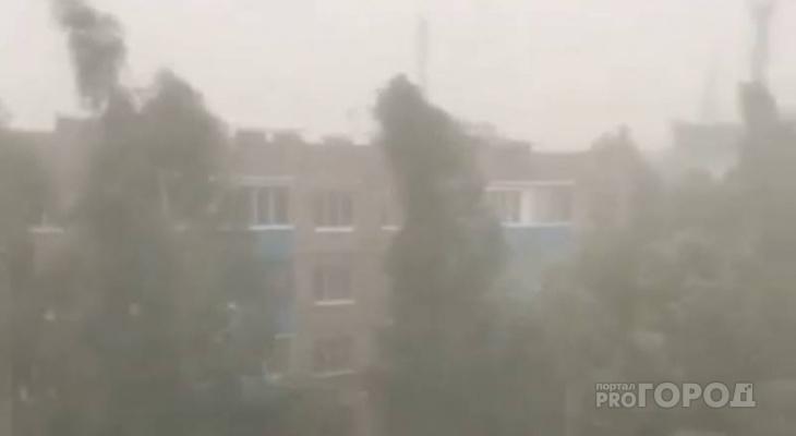 После долгой жары на Канаш обрушился мощный ливень с ураганом