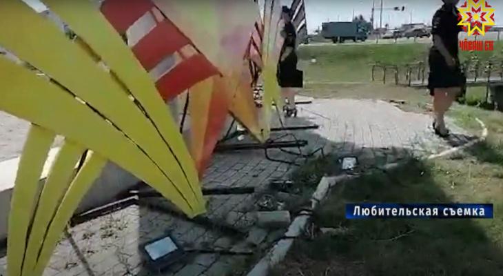 В Батырево вандалы разворотили новый обелиск Великой Победы