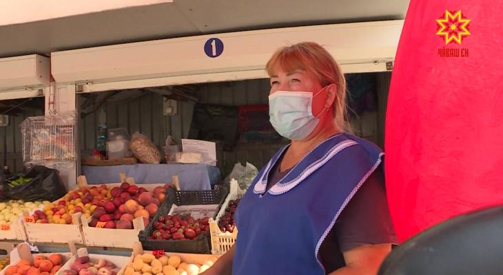 """Ценники на морковь в Чебоксарах стали трехзначными: """"Осенью овощи снова могут подорожать"""""""