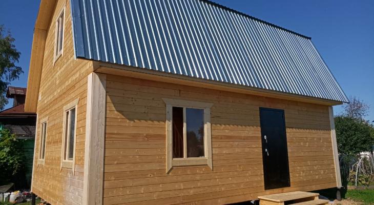 Когда лучше строить каркасный дом: зимой или летом?