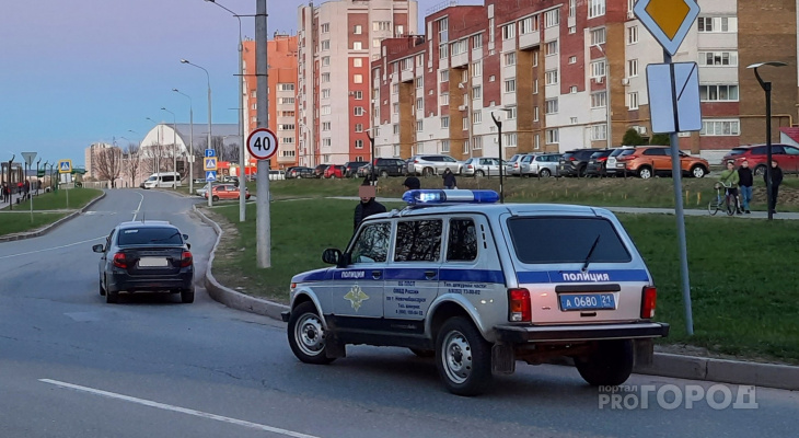 В Новочебоксарске 17-летние парни напали на мужчину, который шел за памперсами в магазин