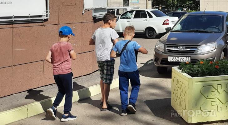 По 10 тысяч рублей на школьника могут начать выплачивать раньше