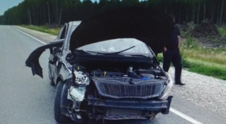 В Чувашии машина вылетела с дороги и перевернулась: пострадала 16-летняя девушка