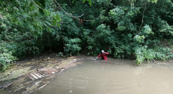 Рыбак запутался в сетях и утонул на Торханской плотине