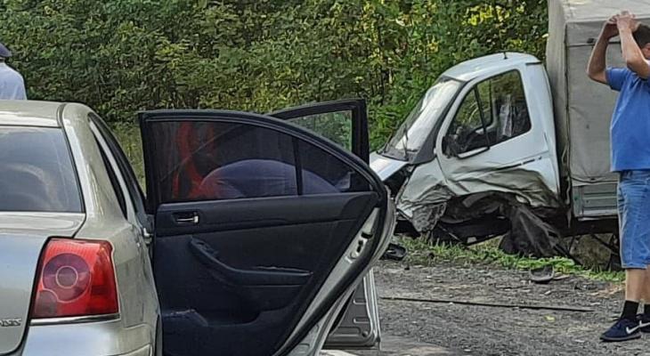 Появились подробности ДТП четырех машин в Цивильском районе: водитель выехал на встречную