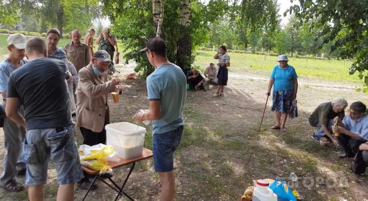 Строитель из Новочебоксарска переосмыслил жизнь и вот уже пять лет вместо тусовок бесплатно кормит нуждающихся
