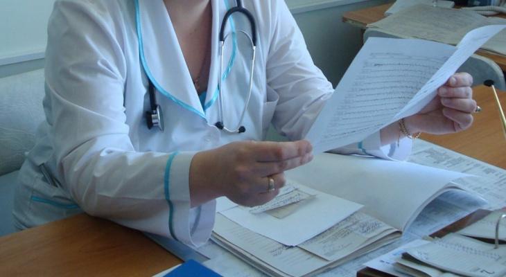 Медики назвали главный симптом COVID-19 у вакцинированных