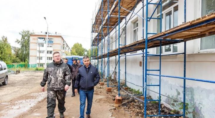 В Чебоксарах проверили ход строительства и капремонта школ и садов