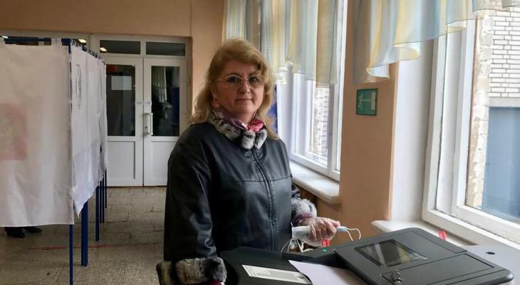Эльза Кузьмина проголосовала на выборах в Чувашии