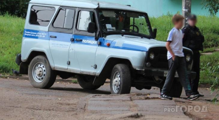 В чувашском селе женщина бегала с ножом за бывшим мужем, который уже был ранен