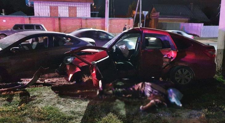 Стали известны подробности смертельного ДТП в Чебоксарах: в одной из машин были дети