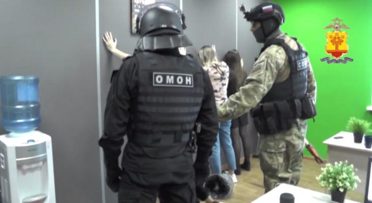 В Чувашии задержали риелторов-аферистов: в день их прибыль доходила до 600 тысяч рублей