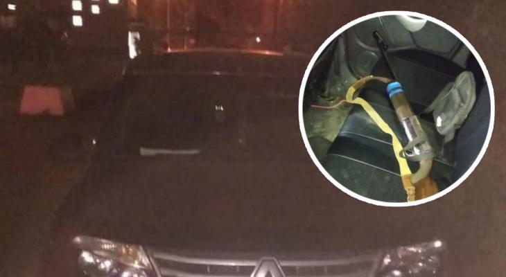 Ночью в Чувашии поймали мужчину с оружием, который ездил зигзагами по полю