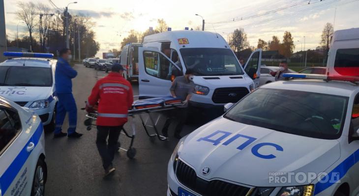 В Чебоксарах девушка порезала ножом водителя 43-й маршрутки