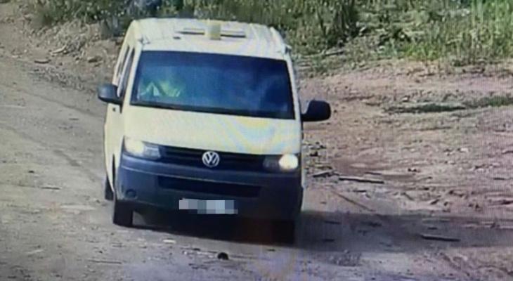 Житель Чувашии угнал микроавтобус и решил скрыться на югах