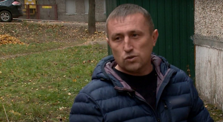 Чебоксарец, который потушил чужой балкон руками, получит от МЧС награду за проявленный героизм