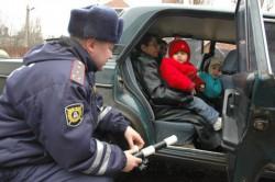 За сутки в Чебоксарах 27 водителей оштрафованы за перевозку детей без кресла